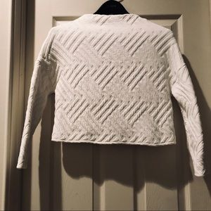 Zara white cropped mock neck sweatshirt size M